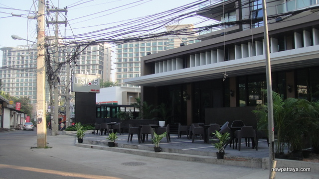 Tsix5 Hotel Phase 2 - 7 November 2012 - newpattaya.com