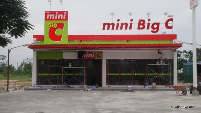 mini Big C Pattaya - 12 November 2012 - newpattaya.com
