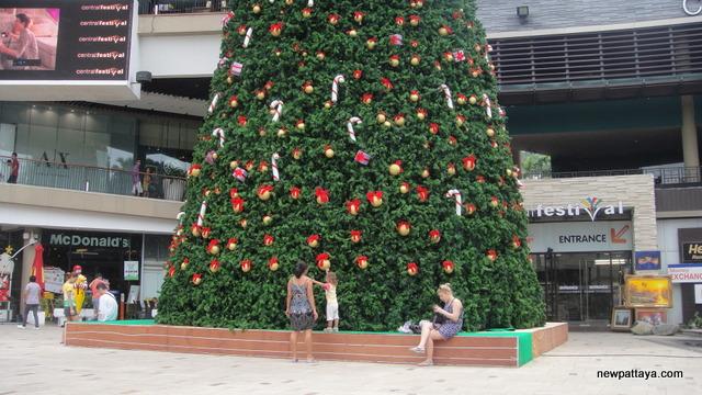 Christmas in Pattaya 2012 - 13 November 2012 - newpattaya.com