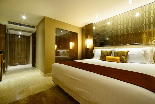 Hotel room at Centara Grand Pratumnak