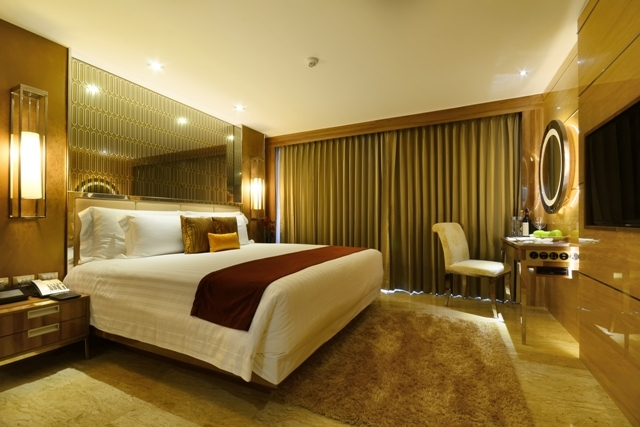 Room at Centara Grand Pratumnak