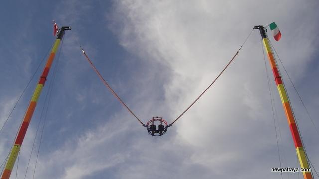 2 Sky Pattaya Rocket Ball - 21 December 2012 - newpattaya.com