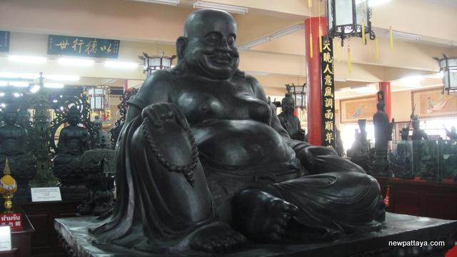 Metraiya Buddha - 25 December 2012 - newpattaya.com