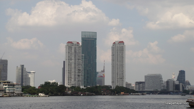 The River Condominium - 28 December 2012 - newpattaya.com