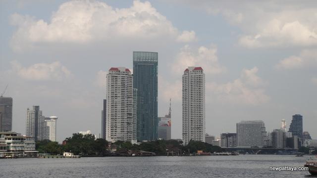 The River Condominium - 28 December 2012 - newpattaya.com