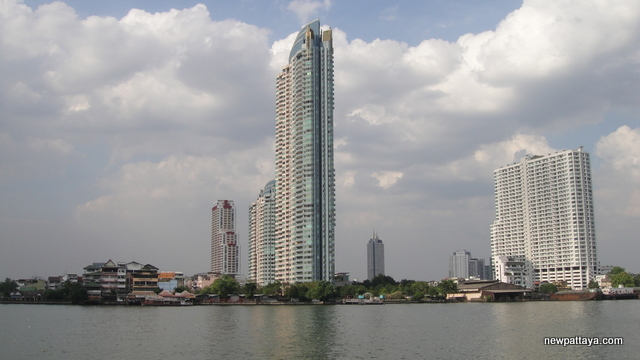 WaterMark Chaophraya River condominium - 28 December 2012