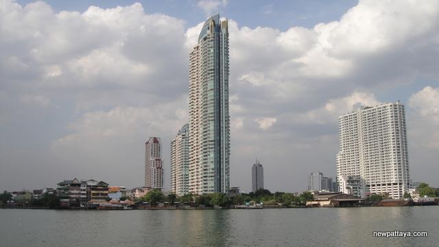 WaterMark Chaophraya River condominium - 28 December 2012