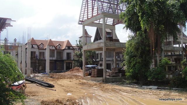 Mimosa Pattaya - 8 December 2012 - newpattaya.com