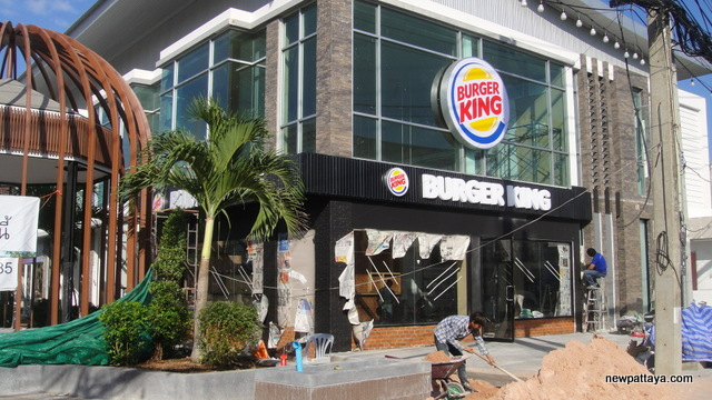 Burger King North Pattaya - 24 December 2012 - newpattaya.com