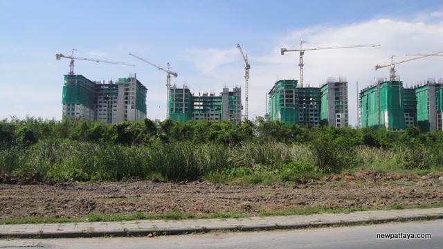 Lumpini MegaCity Bangna - 6 January 2013 - newpattaya.com