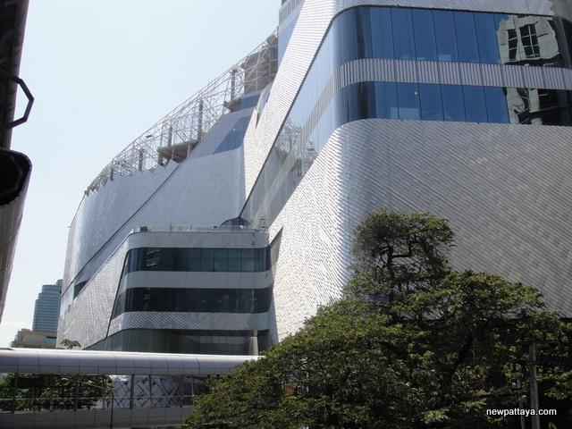 Central Embassy & Park Hyatt Bangkok - 27 April 2014 - newpattaya.com