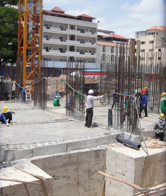 The Base Central Pattaya - 30 July 2014 - newpattaya.com