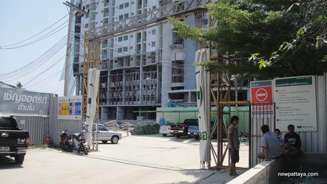 Supalai Park on Phet Kasem Road - 25 March 2013 - newpattaya.com