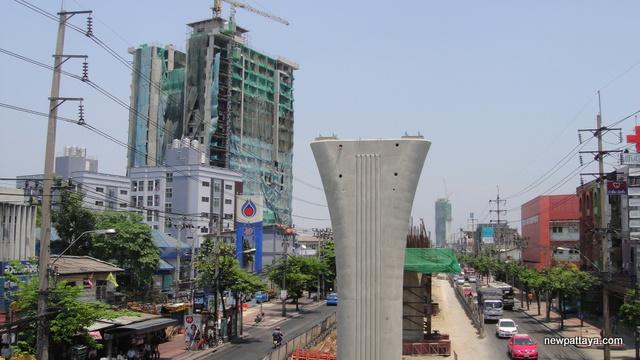 Extension Blue Line on Phet Kasem Road - 25 March 2013 - newpattaya.com