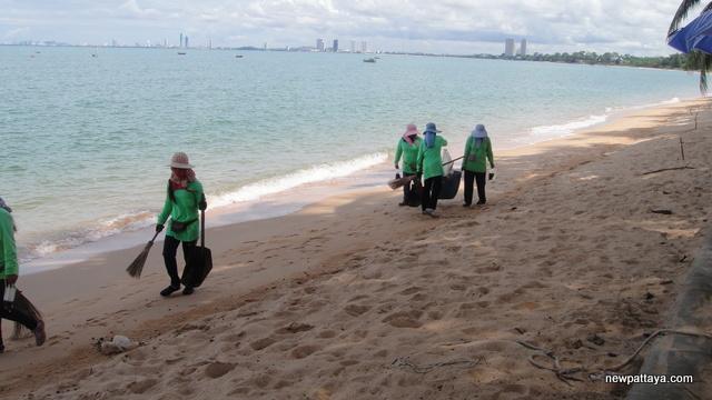 Bang Saray Beach - 20 September 2012 - newpattaya.com