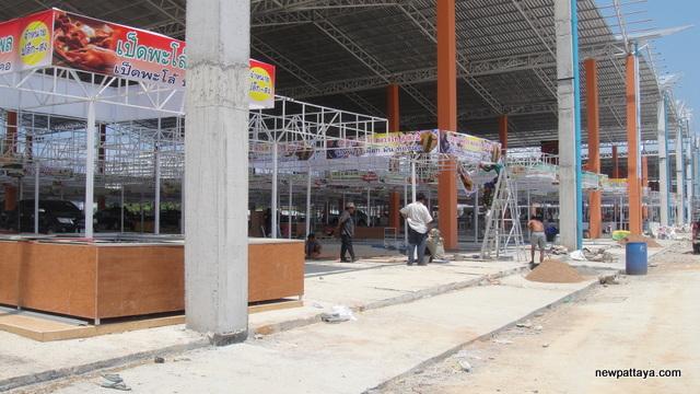 Ratanakorn Market Thepprasit - 27 March 2013 - newpattaya.com