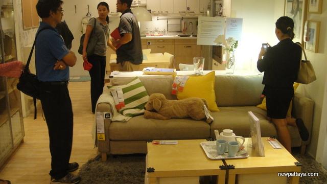 Mega Bangna & IKEA - 19 April 2013 - newpattaya.com