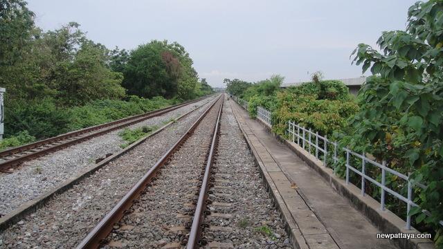 Old railway line - 28 April 2013 - newpattaya.com