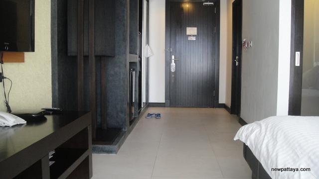 The Sea Cret Resort Hua Hin - October 2012 - newpattaya.com