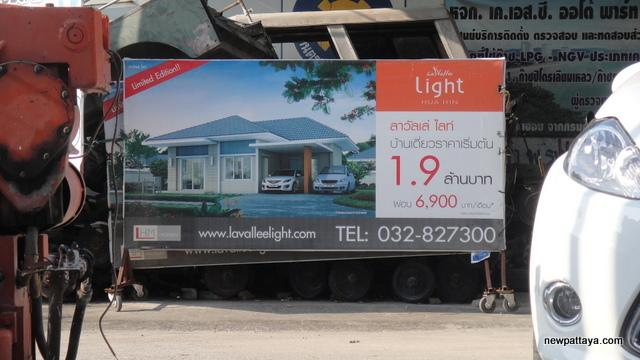 La Vallee Light - October 2012 - newpattaya.com