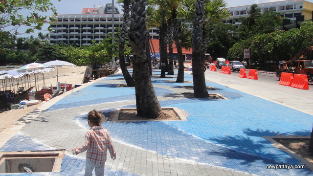 New beach promenade in Pattaya - 10 May 2013 - newpattaya.com