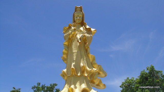 Guan Yin or Guan Im - The Goddess of Mercy - 15 May 2013 - newpattaya.com