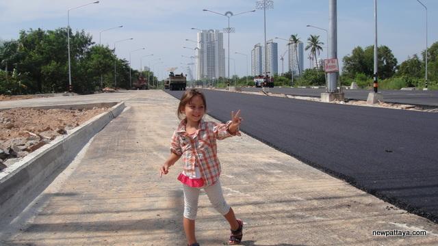 Jomtien Second Road - 21 November 2013 - newpattaya.com
