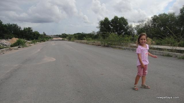 Jomtien Second Road - 3 June 2013 - newpattaya.com
