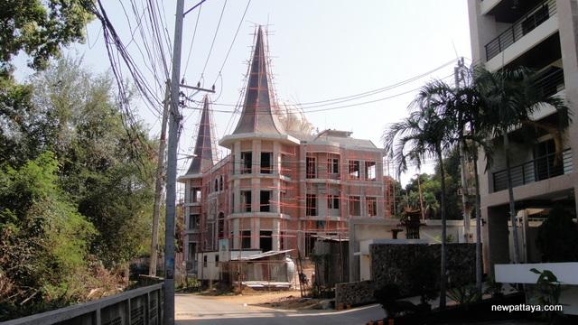 A Humble Abode on Pratumnak Hill - 31 January 2014 - newpattaya.com