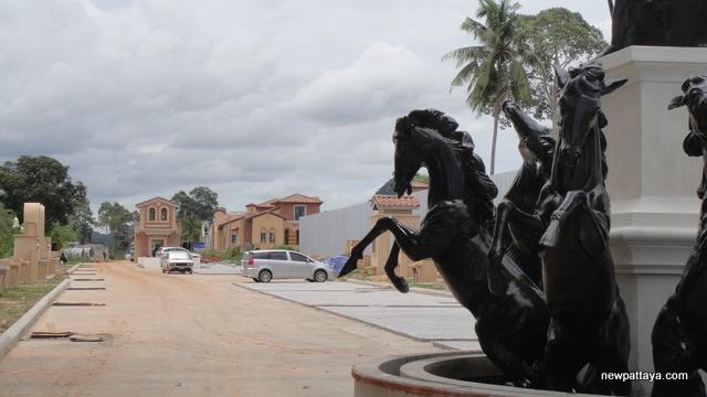 Nusa Chivani Pattaya - 15 June 2013 - newpattaya.com