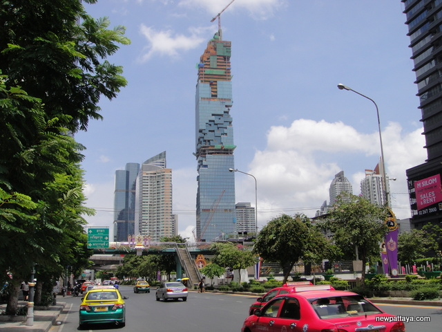 MahaNakhon The Ritz-Carlton Residences - 26 May 2015
