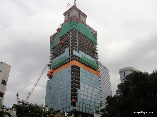 MahaNakhon The Ritz-Carlton Residences - 30 August 2014 - newpattaya.com
