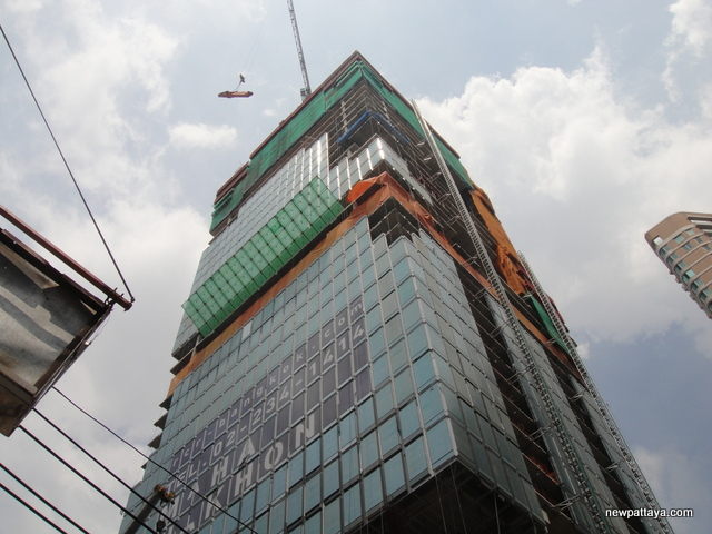 MahaNakhon The Ritz-Carlton Residences - 29 September 2014 - newpattaya.com