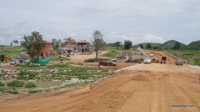 Ampio Pattaya - 25 June 2013 - newpattaya.com