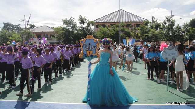 Sporting event at Pattaya's secondary school number 11 - 2 July 2013 - newpattaya.com