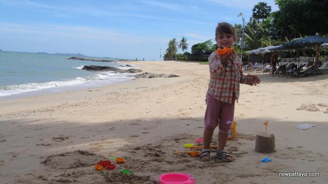Wong Amat Beach - 13 July 2013 - newpattaya.com