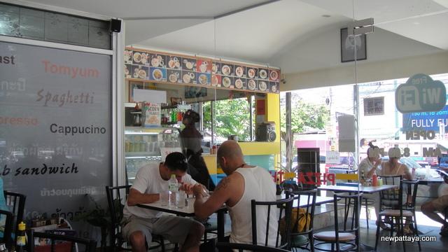 Thip's Café Pattaya - 13 July 2013 - newpattaya.com