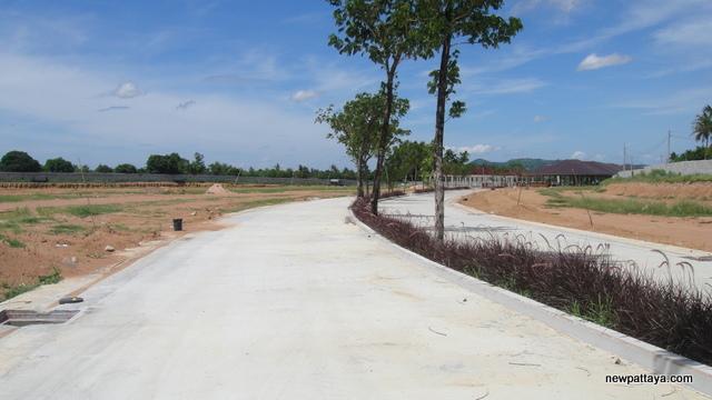 Baan Panalee Banna - 13 July 2013 - newpattaya.com