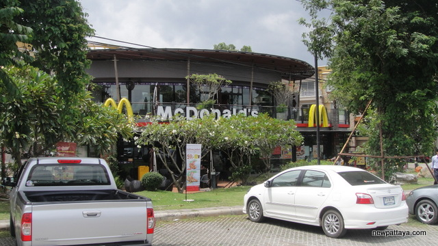 Mc Donald's on Mittraphap Road - 26 July 2013 - newpattaya.com