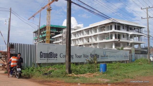 Grand Beach Condominium - 11 August 2013 - newpattaya.com