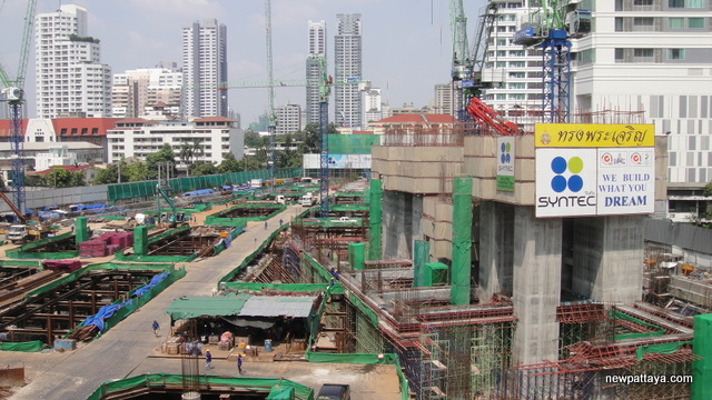 EmQuartier Shopping Mall and Bhiraj Tower - 20 October 2012 - newpattaya.com