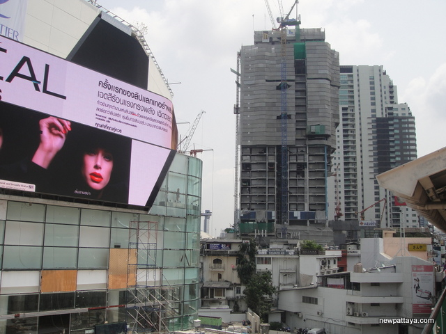 EmQuartier Shopping Mall and Bhiraj Tower - 13 March 2015 - newpattaya.com
