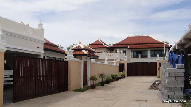 Phoenix Villa Resort - 5 September 2013 - newpattaya.com