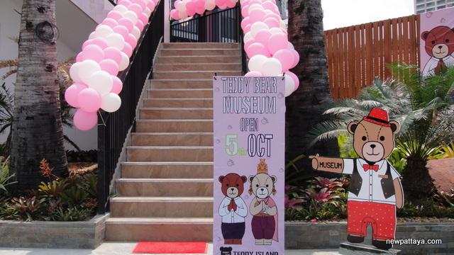 Teddy Island – Teddy Bear Museum Pattaya - 11 October 2013 - newpattaya.com