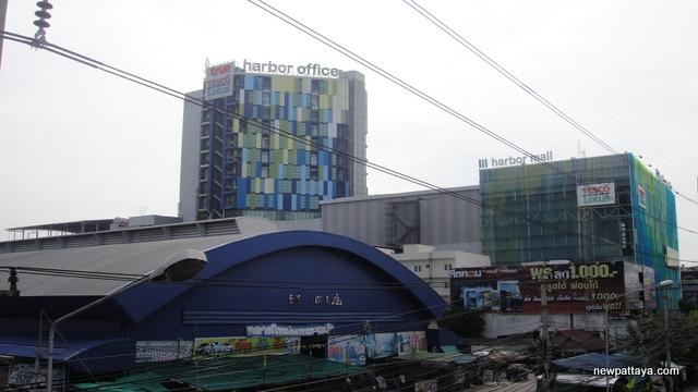 Laem Chabang - 19 November 2013 - newpattaya.com