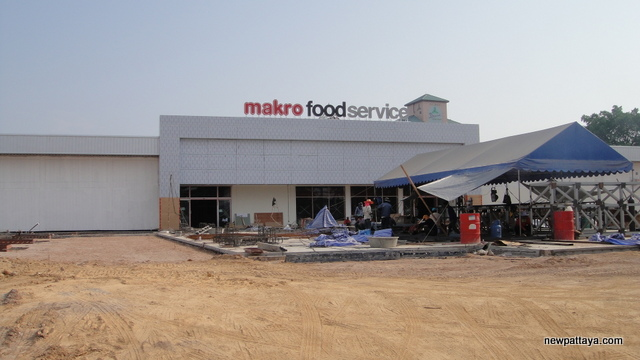 Makro Food Service North Pattaya - 8 April 2014 - newpattaya.com