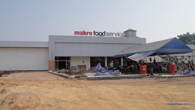 Makro Food Service North Pattaya - 8 April 2014 - newpattaya.com