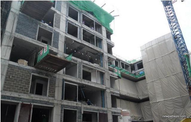 Whizdom @ Punnawithi - 13 July 2012 - newpattaya.com