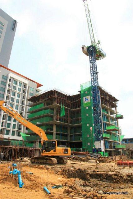 Whizdom @ Punnawithi - 20 February 2012 - newpattaya.com