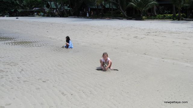Koh Chang Island - 19 April 2014 - newpattaya.com